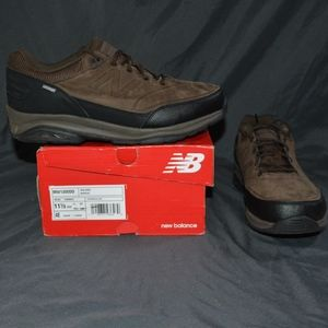 $130 New Balance 1300 Walking Shoes 11.5